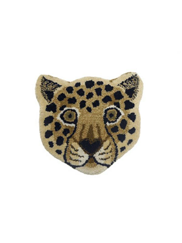 tapis tête de léopard en laine doing goods déco chambre enfant