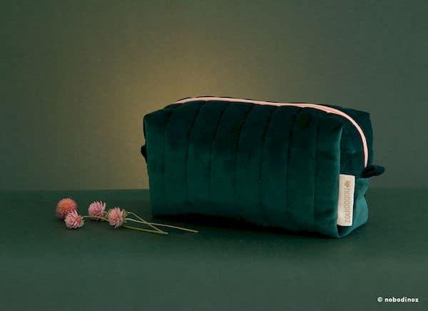 Trousse vanity Savanna velours Jungle green Nobodinoz maternité tendance