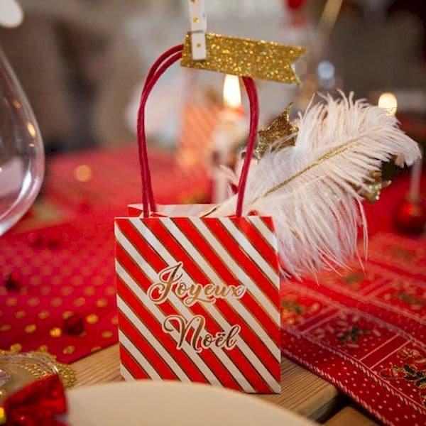 sacs cadeaux joyeux noël bonbons chocolats