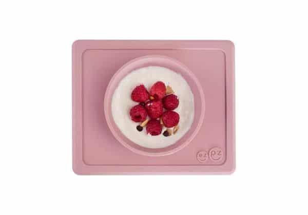 Mini bowl antidérapant silicone rose poudre ezpz premier repas assiette