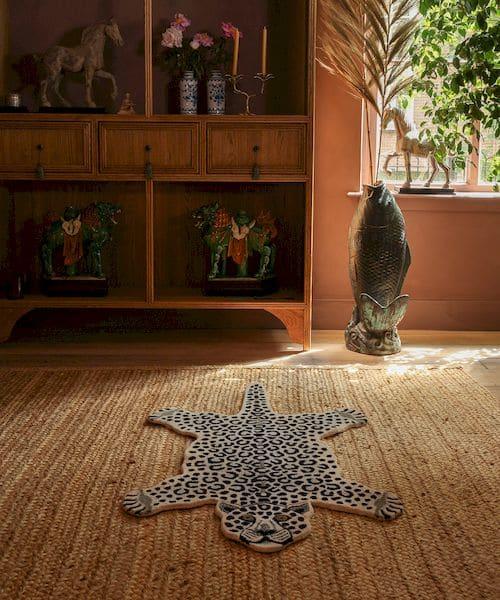 grand tapis léopard des neiges doing goods décoration chambre enfant