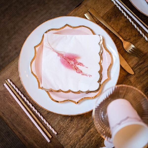 Assiettes rose poudré et liseré or x8 - 23 cm
