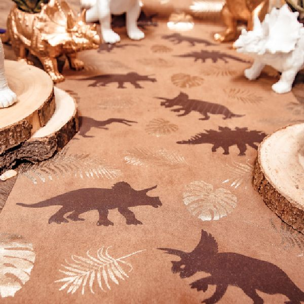 Chemin de table dinosaure camel or chocolat