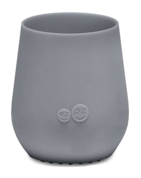 Gobelet silicone gris foncé ezpz