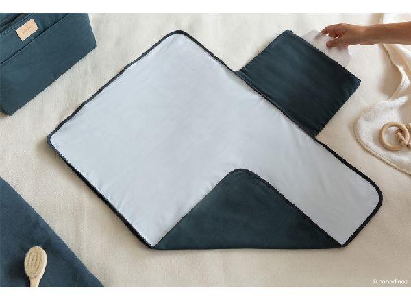 tapis à langer nobodinoz carbon blue