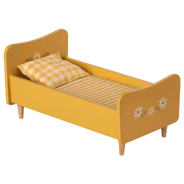 lit en bois jaune maileg